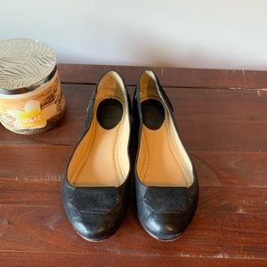 Frye Black Leather and Suede Flats 6.5